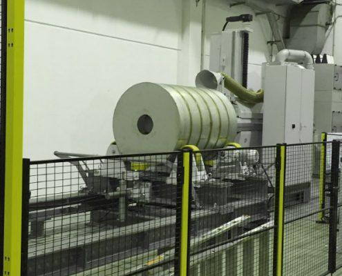 Bandschleifmaschine mit Drehvorrichtung zum Bearbeiten von Flächen und Schweißnähten innerhalb von Behältern durch ein Mannloch (BISM-ML-5K) Apparate & Behälterbau