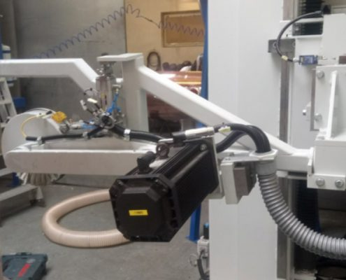 Belt grinding machine with turning device for processing individual components for distilling industry (BSA-2000-1K-BDV)