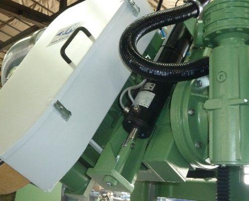Bandschleifmaschine zum Bearbeiten von Kanten und Fasen an Kesselböden (KFSM-10000) Bödenherstellung Schweißnaht Vorbereitung apparate & Behälterbau