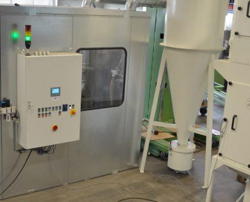Maschine mit Planetenkopf zum Entgraten und Reinigen von Bremsscheiben für den Schienenverkehr (BREM-330) Schienen & Fahrzeugtechnik Branchenunabhängige Lösungen