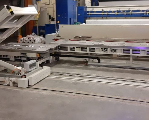 Tilting table with weighing unit and packaging lifting table for incorporation into a fleece cloth bale production line (AKV – 750)